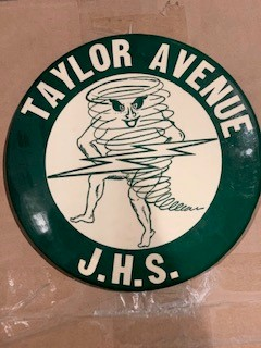 HARBOFIELDS TAYLOR AVENUE BUTTON FROM 1955